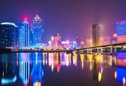 Kumarhaneler şehri Makao kapılarını yeniden açıyor