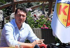 Kayserisporda Bayram Bektaş teknik ekibini belirledi