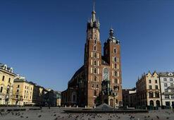 Polonya ekonomisi resesyona girdi