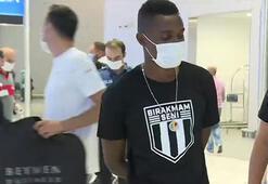 Son dakika | Beşiktaşın transferi Bernard Mensah İstanbula geldi