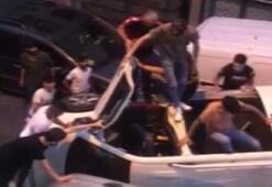 Güngörende devrilen minibüsteki 9 kişi böyle kurtarıldı
