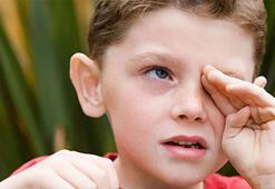 Çocuklarda baş eğikliği problemi neyin belirtisi