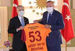 Cumhurbaşkanı Erdoğan, Galatasaray Başkanı Cengizi kabul etti