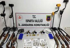 Ispartada tarihi eser kaçakçılarına operasyon: 2 gözaltı