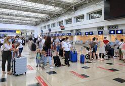 Antalyaya bir haftada 180 bin turist geldi