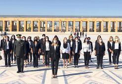 CHP'li kadınlardan Anıtkabir ziyareti