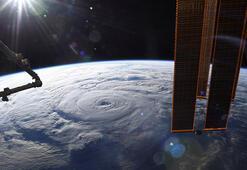 Genevieve Kasırgasının hızı saatte 185 kilometreye ulaştı: 2 ölü