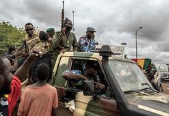 Afrikada darbeler son bulmuyor