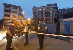 Son dakika...  Gaziosmanpaşa'da toprak kayması nedeniyle bir bina tahliye edildi
