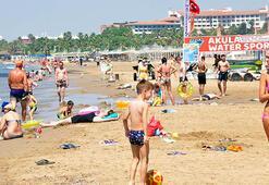 Dünyaca ünlü sahildeki sigara izmaritleri, kampanya konusu oldu