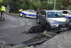 Beşiktaşta yol çöktü, bir araç çukura düştü