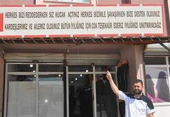 Suriyeli terziden, Türkiyeye tabela ile teşekkür