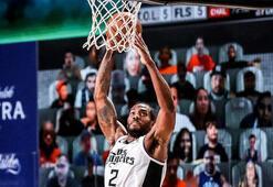 NBA play-offlarında Clippers, Leonardın yıldızlaştığı maçta Mavericksi yendi