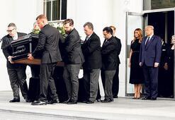 Trump'ın kardeşine Beyaz Saray'da tören