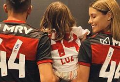 Gala Caldirola, Flamengo formasını giydi...