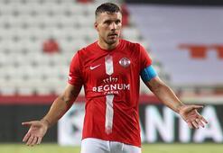 Lukas Podolskiden Fenerbahçe sözleri: Asla gitmezdim