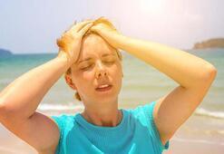 Sıcak günlerde görülen baş ağrısı ve kusma güneş çarpması belirtisi mi