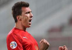 Fenerbahçe istiyordu Mario Mandzukic ile görüşmeye başladı...