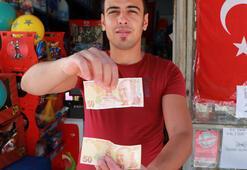 Görünce inanamadı 50 lirayı...
