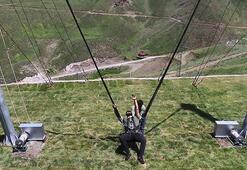 Macera severler zipline keyfini ilk kez bir kayak merkezinde yaşıyor