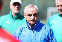 Sivasspor Teknik Direktörü Rıza Çalımbay: İyi bir takım kurmamız gerekiyor