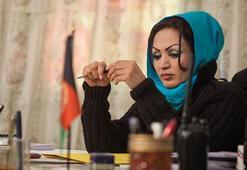 Afganistanın ilk kadın yönetmeni Kabilde silahlı saldırıda vuruldu