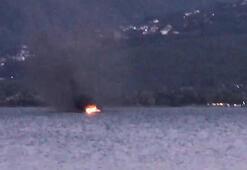 Sapanca gölünde tekne yandı