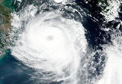 Hızla yaklaşıyor Güney ve Kuzey Korede Bavi tayfunu paniği