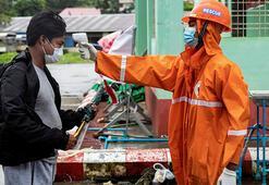 Myanmar'da 6 binden fazla lise yeniden açıldı
