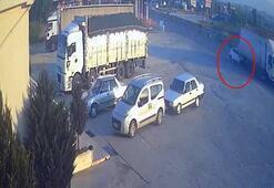 Antalyada otomobilin kamyona arkadan çarptığı kaza kamerada