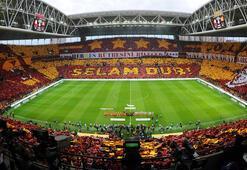 Galatasaraydan Fenerbahçeye yıldız göndermesi