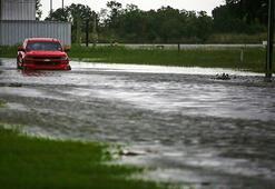 Uyarı üstüne uyarı Laura Kasırgası, ABDyi vuran en güçlü kasırgalardan olabilir