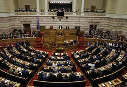 Son dakika... Yunanistan sözde anlaşmayı onayladı