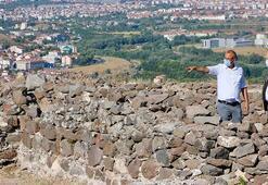 Karacahisar Kalesi ve çevresinde arkeolojik kazı devam ediyor