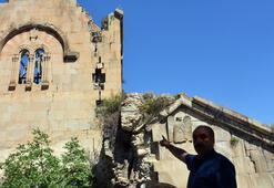 Tarihi kilisede tedirgin eden görüntü