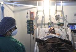 Koronavirüs felaketi Hindistanda rekor vaka artışı