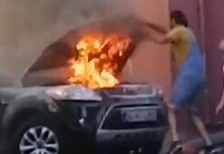 Beyoğlunda yanan cipini böyle söndürmeye çalıştı