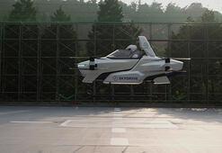 Japonyada deneme uçuşu yapan uçan araba 4 dakika havada kaldı