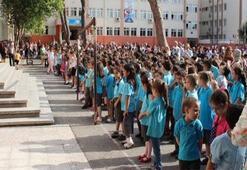 Okullar ne zaman açılacak Bu yıl 1,5,8,12. sınıflar için okullar açılacak mı