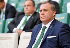 Bursasporun yeni başkanı Erkan Kamat mazbatasını aldı