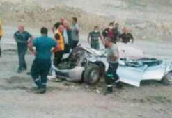 Bursada feci kaza Dev kamyon pikabı kağıt gibi ezdi