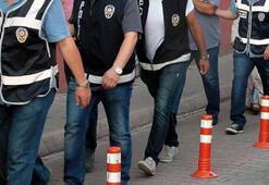 İzmir merkezli FETÖ operasyonunda 8 şüpheli tutuklandı