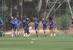 Fenerbahçede Muriqi takımdan ayrı koşu yaptı