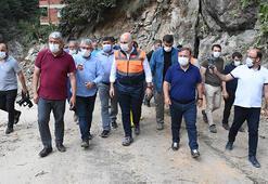 Bakan Karaismailoğlu, selden etkilenen Espiyede incelemelerde bulundu