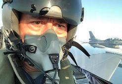 Bakan Akardan Egenin kuzeyinde özel uçuş Flaş mesajlar...