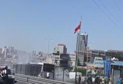 Avcılarda metrobüsten duman yükseldi, yolcular tahliye edildi