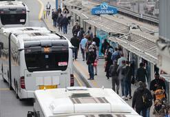 Bilim Kurulu üyesi metroya ve Marmaraya bindi Gözlemlerini aktardı