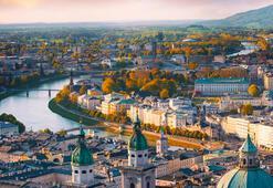 Avusturya Hakkında Bilgiler; Avusturya Bayrağı Anlamı, 2020 Nüfusu, Başkenti, Para Birimi Ve Saat Farkı