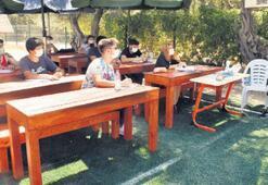 Sınıflar bahçede