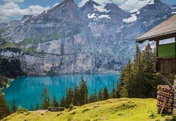 İsviçre Hakkında Bilgiler; İsviçre Bayrağı Anlamı, 2020 Nüfusu, Başkenti, Para Birimi Ve Saat Farkı